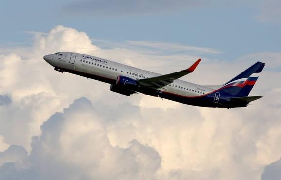 Отмены рейсов и опоздания: из-за непогоды тюменцы прилетят в Москву не по расписанию