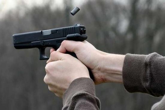 Школьник выстрелил в одноклассника во время репетиции