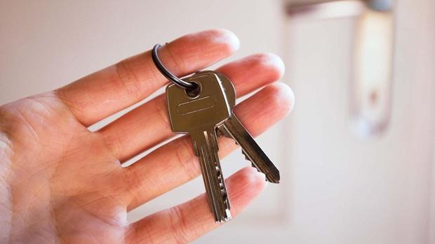 Тюменец купил в ипотеку трехкомнатную квартиру и не выплачивал кредит