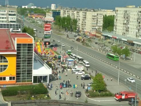 В Тюмени эвакуируют торговые центры и аэропорт - информация обновляется