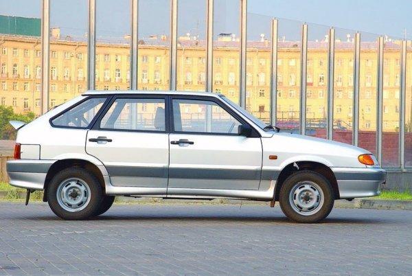 Торговался до слёз: Блогер рассказал, как покупал ВАЗ-2114 за 34 000 рублей