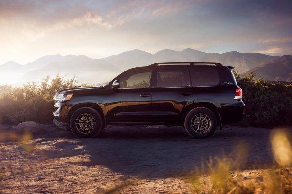 «Старый+дорогой=волшебный»: Впечатлениями от Toyota Land Cruiser 2019 поделился блогер