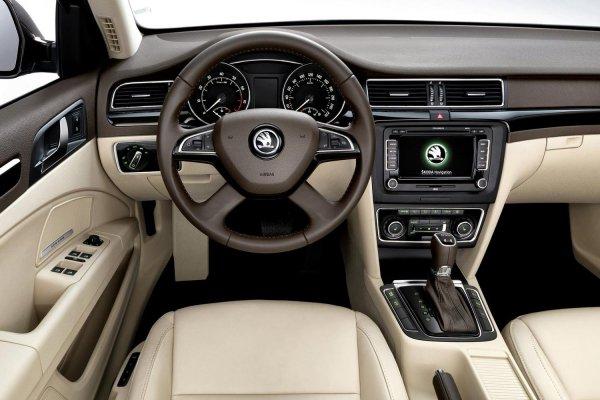 Интереснее Volkswagen Passat: Отзывом о Skoda Superb после 180 000 км поделился владелец