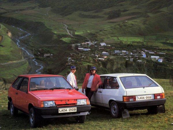 «30 лет – прогресса нет!»: Блогер рассказал, что не так с ВАЗ-2108 на примере Volkswagen Golf II
