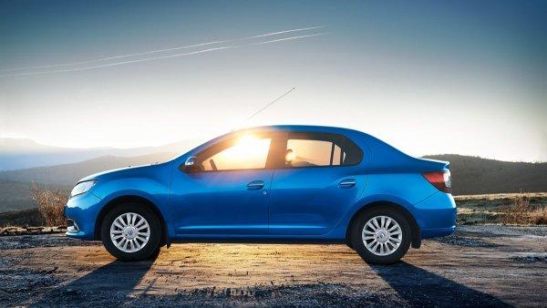 «Сразу видно – автомобиль другого класса»: Почему LADA Vesta лучше Renault Logan, рассказал эксперт