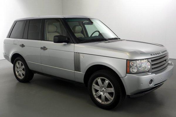 «Когда хочешь всем показать свой размер»: Range Rover с«самым хвастливым тюнингом» высмеяли всети