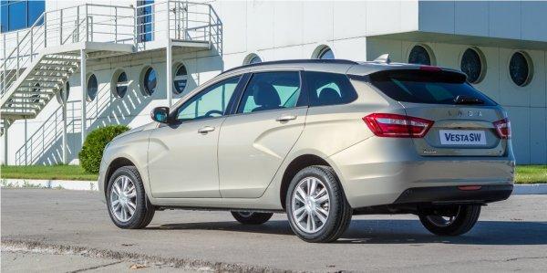 «АвтоВАЗ, как обычно, инертный»: Владелец LADA Vesta SW пожаловался на «косяки» сборки авто