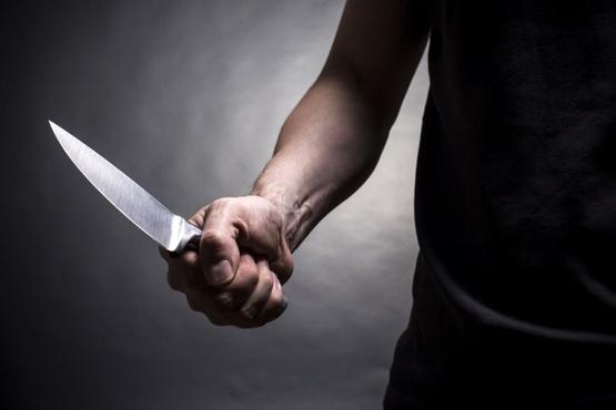 Югорчанин получил удар ножом в живот. Преступника ловить не пришлось