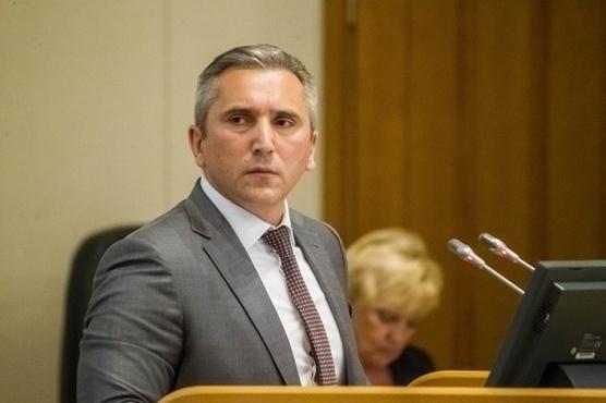 Губернатор Тюменской области распорядился оперативно помочь 30 погорельцам из Ишимского района