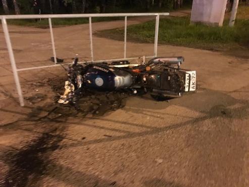 В Тарманах автомобиль сбил мотоциклиста: байкер получил травмы