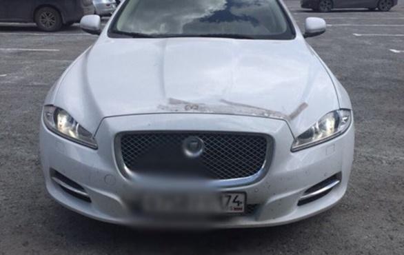 Полицейские задержали мужчину, который угнал у тюменца Jaguar за 4 500 000 рублей