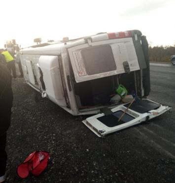 На югорской трассе в ДТП попала маршрутка с пассажирами: один погиб, семеро пострадали