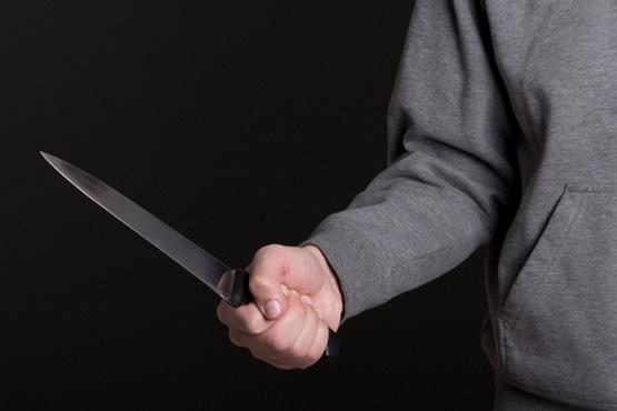 В Югре бизнесмен попытался убить супругу в своем магазине. Женщина в тяжелом состоянии