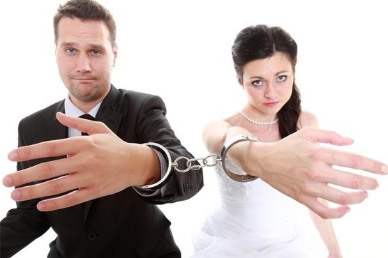Не хотим жениться: новые правила развода жителям Тюмени не понравились