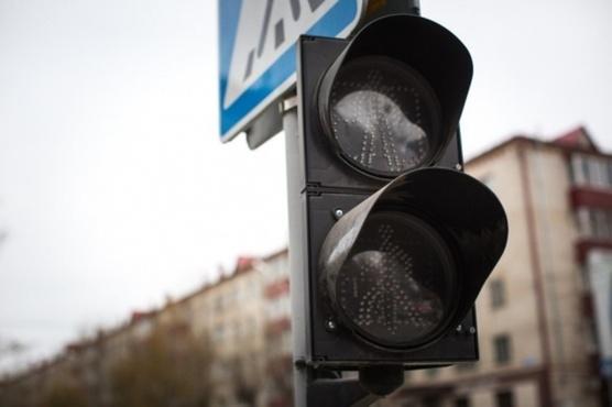 В Тюмени на Моторостроителей отключат светофор