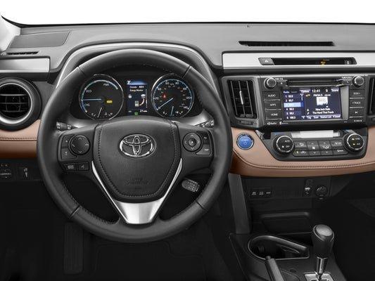 «У меня прям отвращение от этой машины»: Блогеры раскритиковали новый Toyota RAV4
