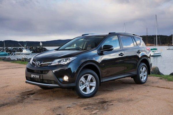 «Угон, пошел вон!»: Как правильно защитить Toyota RAV4 от кражи показали блогеры