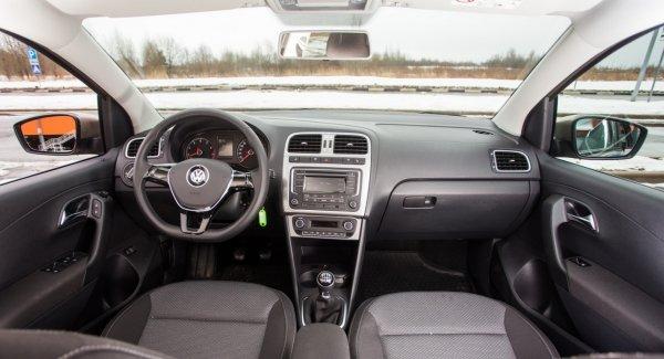 «Что нового у жадных ВАГов?»: Изменения в обновленном Volkswagen Polo оценил блогер