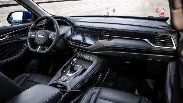 «АвтоВАЗ» локти кусает»: В сети отреагировали на тест-драйв Haval F7