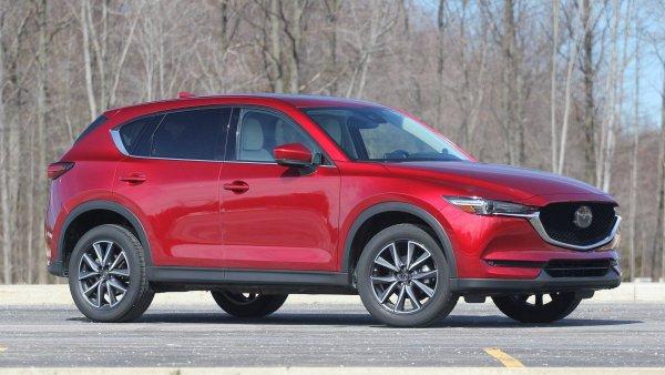 Владелец Mazda CX-5 поездил на «Шниве» и понял, насколько прекрасен его автомобиль