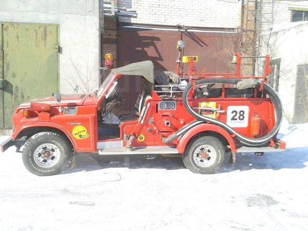 «Редкая птица»: В сети продают пожарный пикап Toyota Land Cruiser