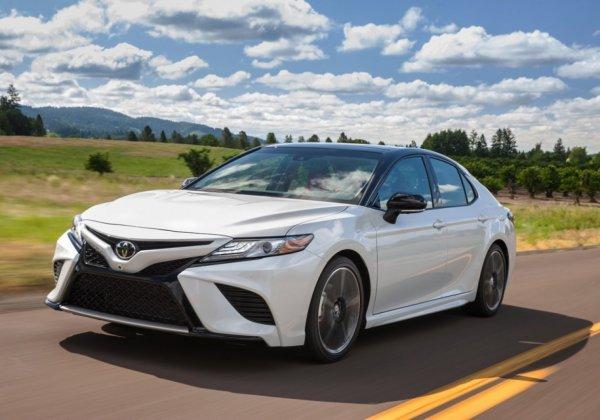«Сплошной геморрой за 2 миллиона рублей!»: 7 причин не покупать Toyota Camry XV70