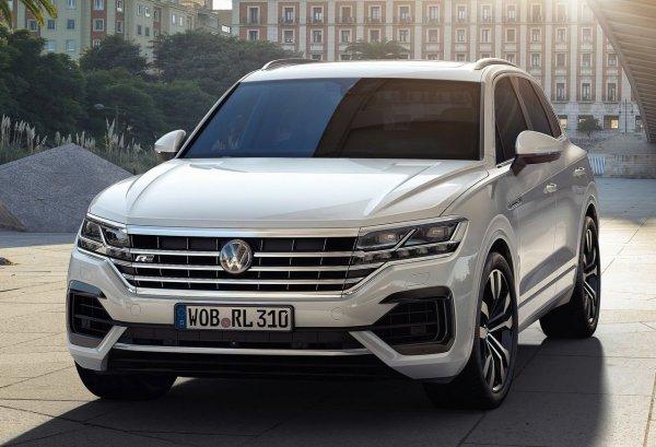 Эксперт о самом дорогом и мощном VW Touareg: Реактивная «конфетка» в интеллигентной «обёртке»