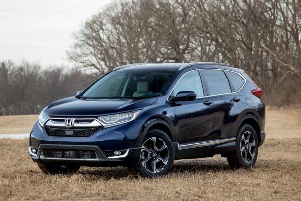 «Равчик» сместили с трона: Блогер объяснил, чем Honda CR-V лучше нового Toyota RAV4