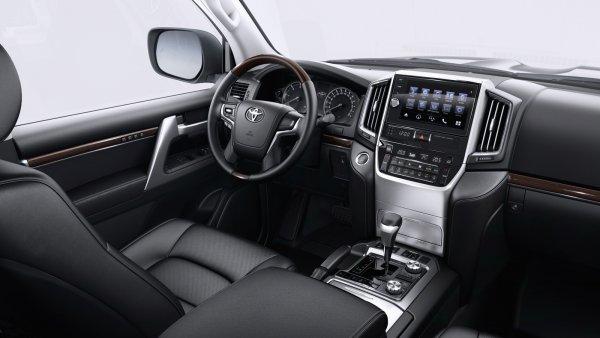 Как малиновый пиджак и«шестисотый Мерседес»? Почему Toyota Land Cruiser— пережиток времени