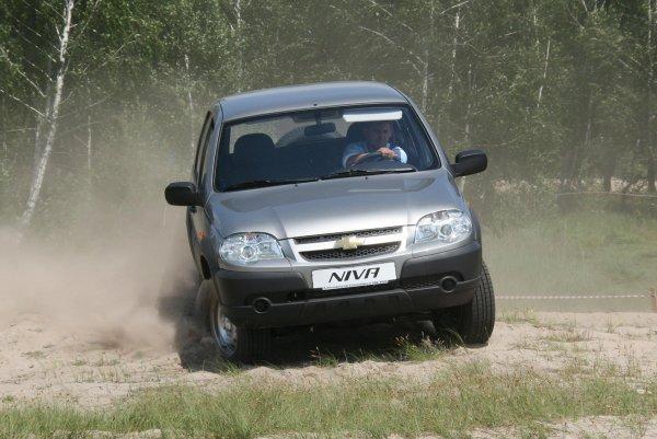 Владельцы назвали главные недостатки подержанной Chevrolet Niva – «обжора» со слабым «желудком»