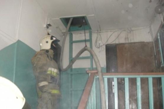 В Югре за вечер одну и ту же женщину дважды спасли на пожаре