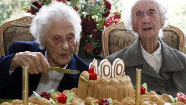 В России установлен рекорд по числу долгожителей в возрасте более 100 лет