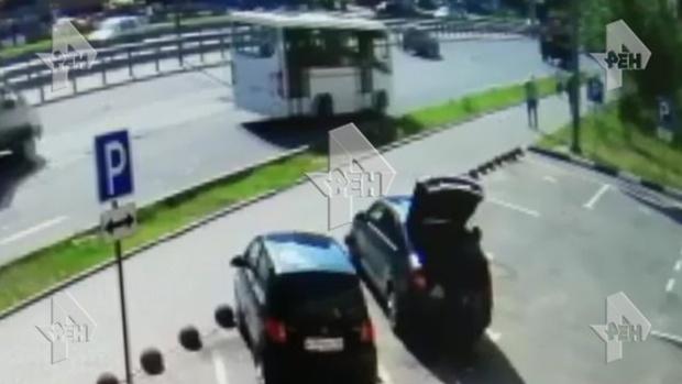 Автобус сбил насмерть двух пенсионерок