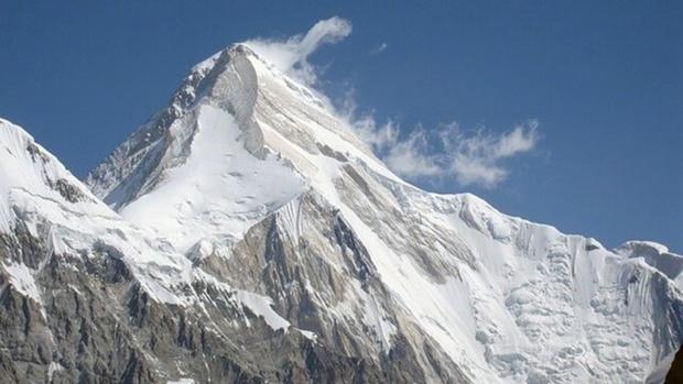 На высоте 6300 метров погиб российский альпинист