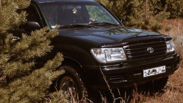 «Десять раз подумайте, прежде чем его покупать»: Владелец рассказал о недостатках Toyota Land Cruiser 105