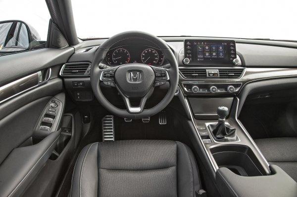 Лучше, чем «Камри» и «Пассат»: Эксперт рассказал, что «скрывает» Honda Accord X