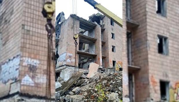 В Подмосковье обрушилось пятиэтажное здание. Под завалами находятся люди
