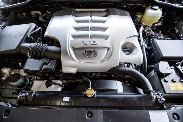 «Вот потому я дизель и не беру»: В сети обсудили, какой мотор для Toyota Land Cruiser самый надежный