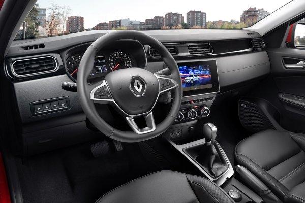 «Да на ней можно стены прошибать!»: Эксперт представил настоящий краш-тест Renault Arkana