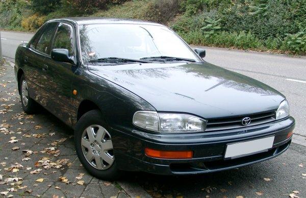 26 лет «рабства»: Что случилось с Toyota Camry 3 за четверть века?