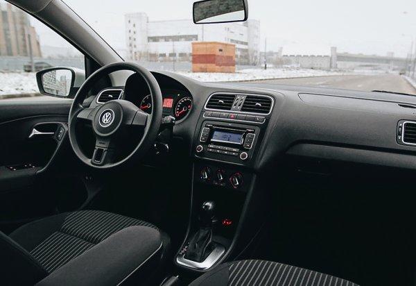 «Это вообще не Фольксваген ни в чем»: Блогер «разнес» в пух и прах Volkswagen Polo Sedan