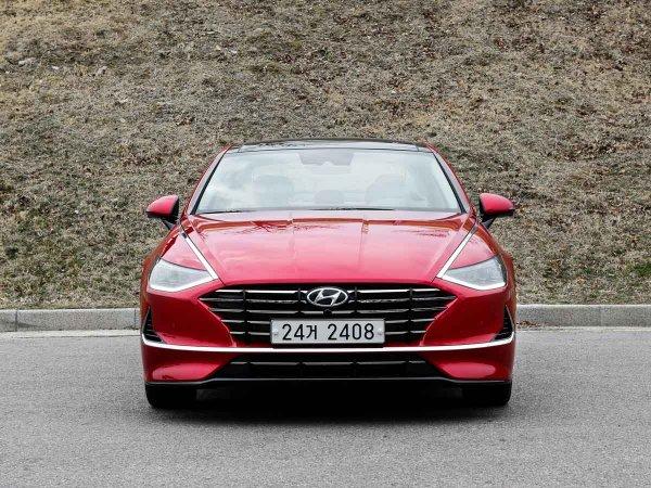 «Дешевле Камри»: Что собой представляет новая Hyundai Sonata 2020 для России - блогер
