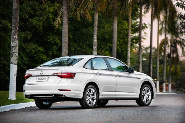 Метит в лидеры рынка? Новую Volkswagen Jetta 2020 с нетерпением ждут в России