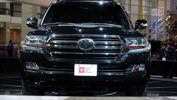 В новый год с новым «Крузаком»: Каким представит Toyota свой новый Land Cruiser 200?