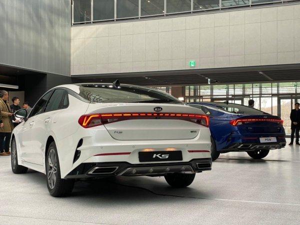 В попытках избавиться от ярлыка: Kia запретили продажи седана Optima нового поколения таксопаркам Южной Кореи