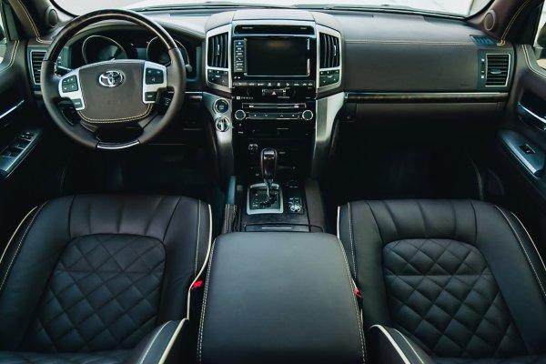 «Крузак» уже не тот? Мечта с гнильцой: Каких проблем подкинет Toyota Land Cruiser 200 с пробегом