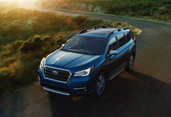 Борьба будет горячей: Чем Subaru Ascent намерен «убивать» Toyota Highlander и Mazda CX-9 в России