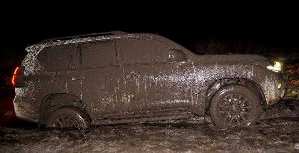 «Так на Прадо ездят только психи»: Автолюбители оценили способности Toyota Land Cruiser Prado на офф-роуде