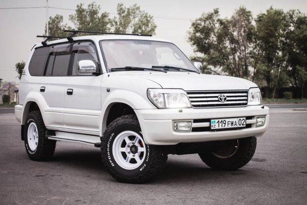 Бодрый 2-тонный диван: Toyota Land Cruiser Prado 95 – лучший «пруль» российской «вторички»?