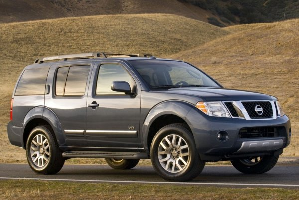 Лучше его, чем «китайца» в кредит: Чем хорош подержанный Nissan Pathfinder